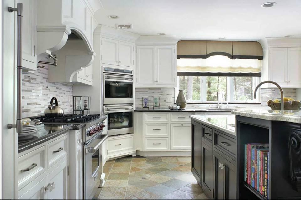 Kitchen corner appliance storage