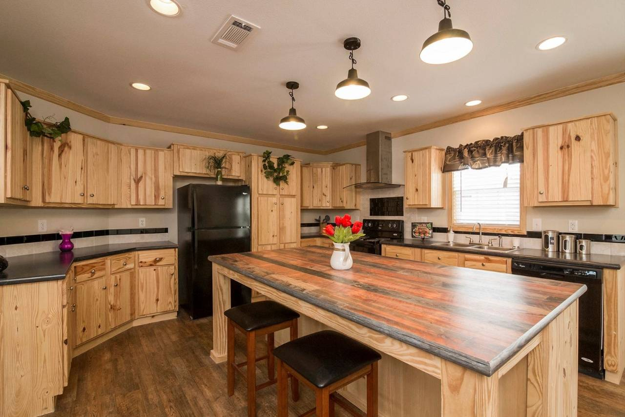 Pine WoodKitchen Cabinets