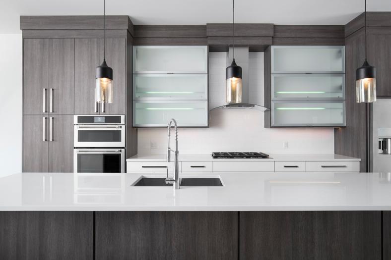 Textured melamine kitchen with Blum horizontal doors