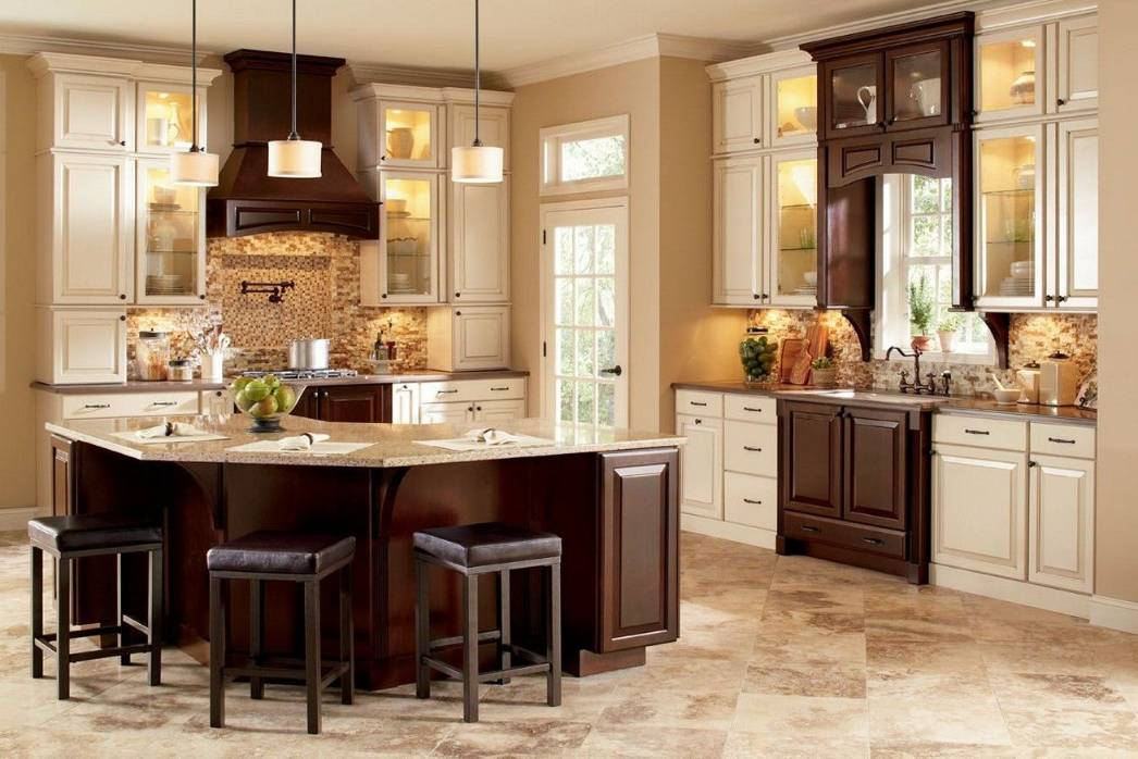 Brown Kitchen Cabinets Look Modern, What Colors Go With Light Brown Kitchen Cabinets