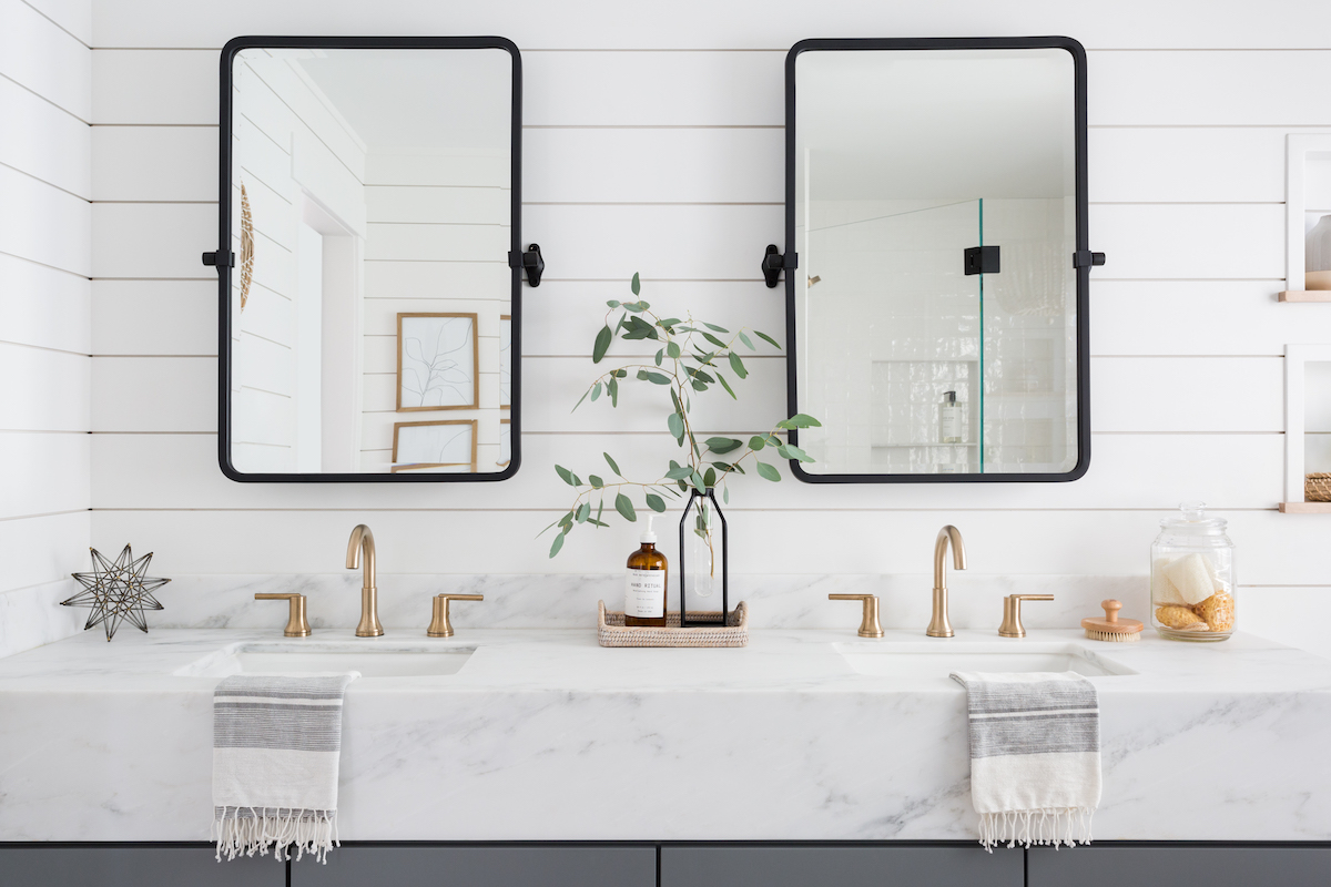 bathroom shiplap ideas