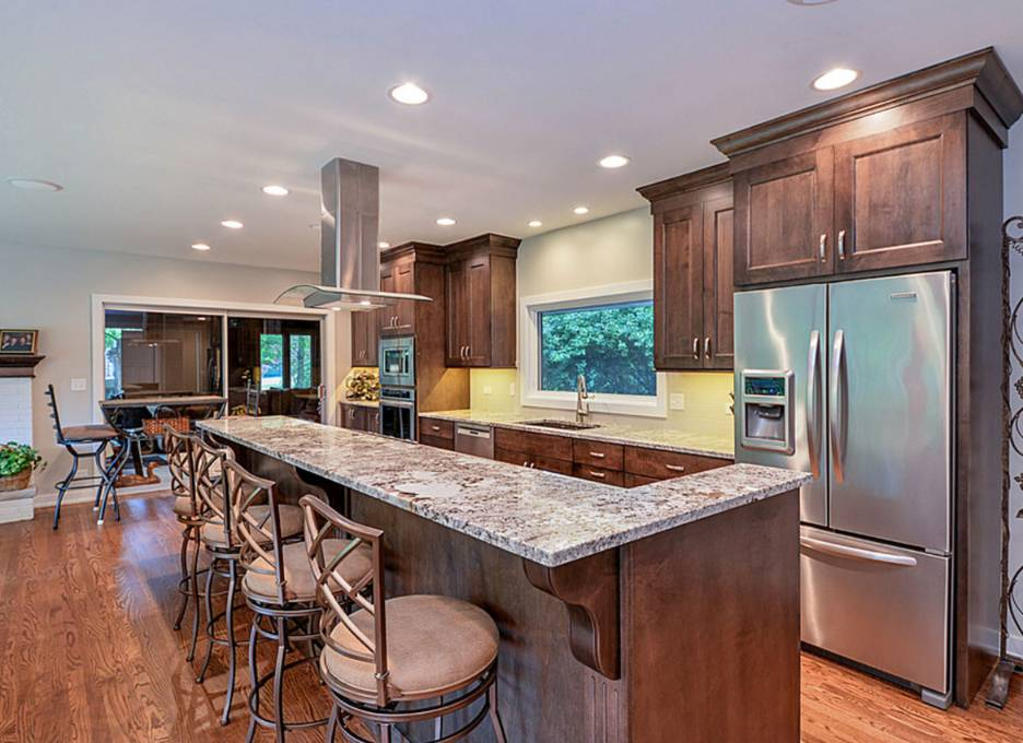 colors for a kitchen with dark cabinets