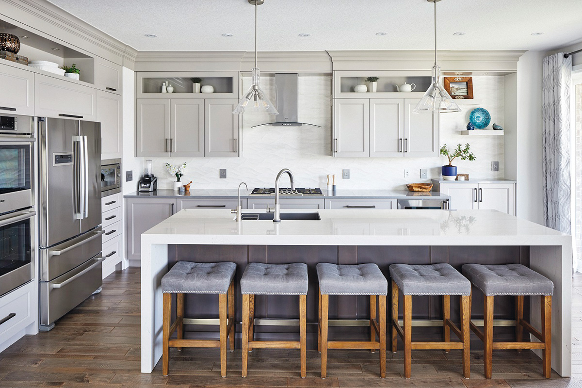 height of upper kitchen cabinets