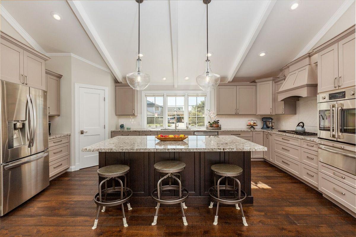 long U shaped kitchen