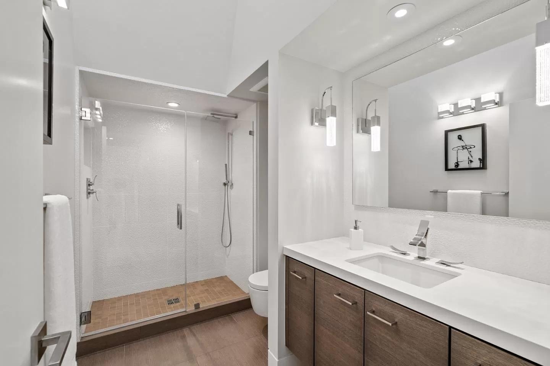 simple bathroom remodeling